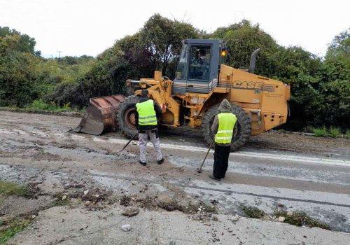 Επιχειρήσεις για την αντιμετώπιση πλημμυρικών φαινομένων στην Πιερία
