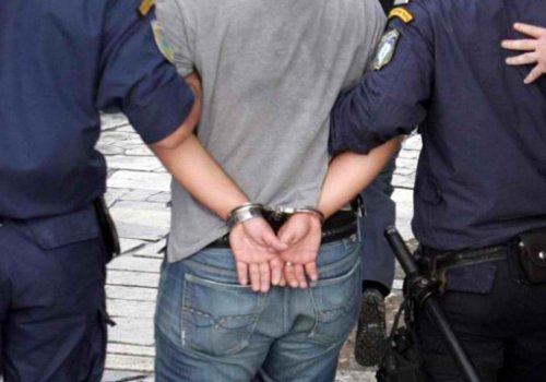 Συλλήψεις για παράνομα διπλώματα οδήγησης στην Κατερίνη