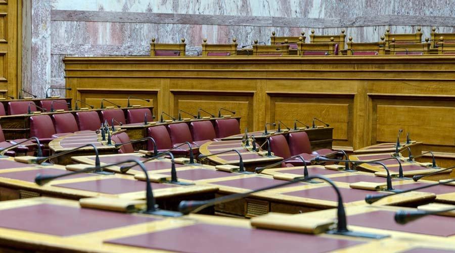 Με 158 «ΝΑΙ» εγκρίθηκε από την Ολομέλεια της Βουλής το εργασιακό νομοσχέδιο